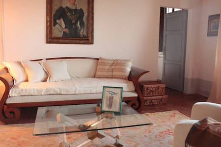 Suite with Breakfast in Tuscan Family Castle - Castle