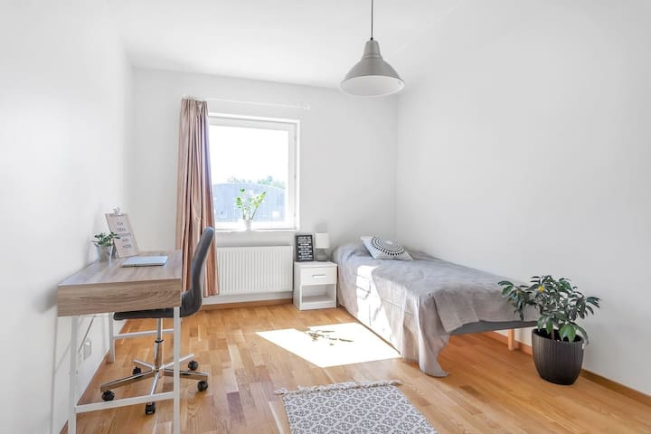 Inspiring and cozy room near Uppsala University