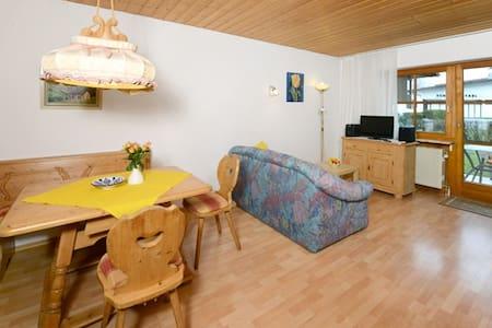 Wohnung im Herzen von Reit im Winkl - Appartement