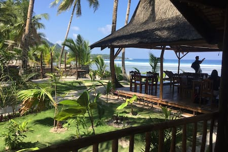 Bamboo Garden Cottage - Sleeps 2 - Siargao - Blockhütte