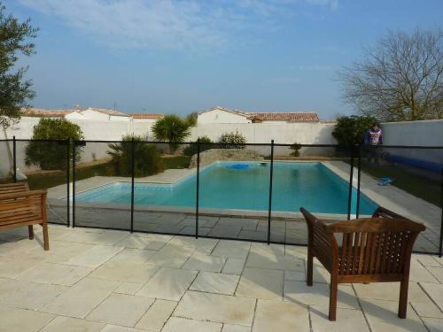 Villa avec piscine ile de re ville in affitto a sainte for Camping moustiers sainte marie avec piscine