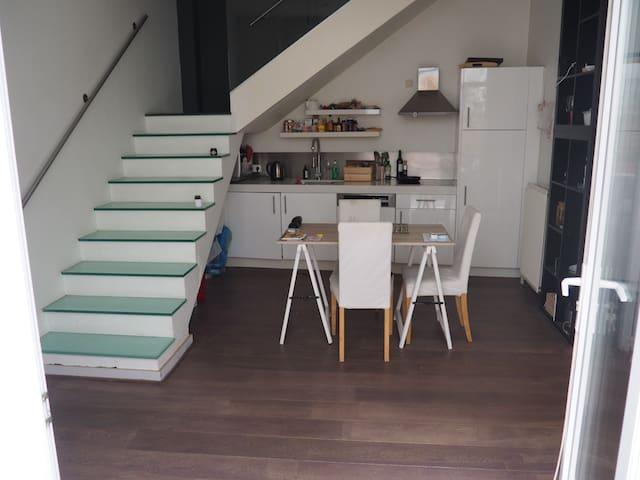 Duplex avec grande terrasse au coeur d'Ixelles - Ixelles - Appartement