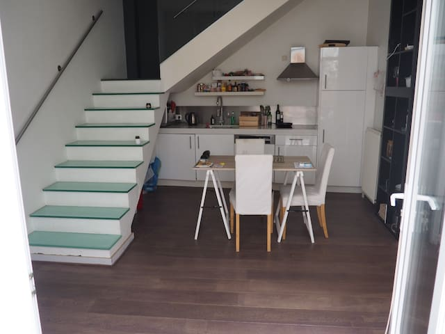 Duplex avec grande terrasse au coeur d'Ixelles - Ixelles - Flat