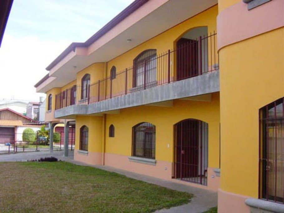 Fachada Condo Casa Inn