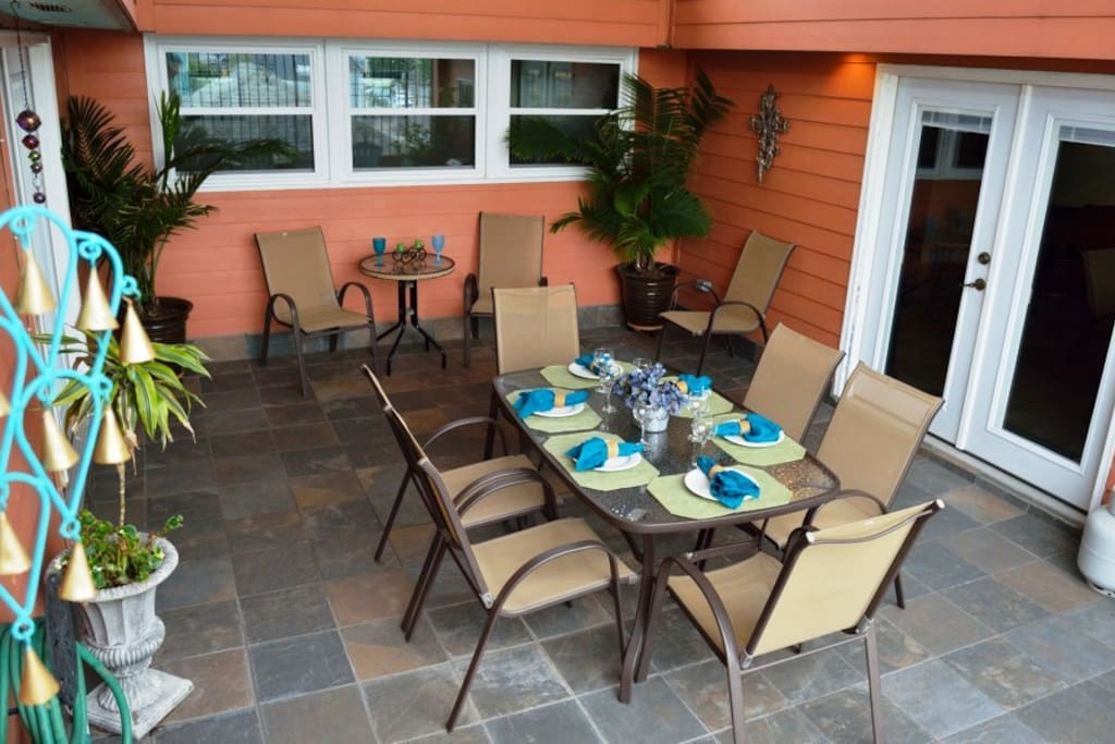 Relaxing Patio with seating for 12