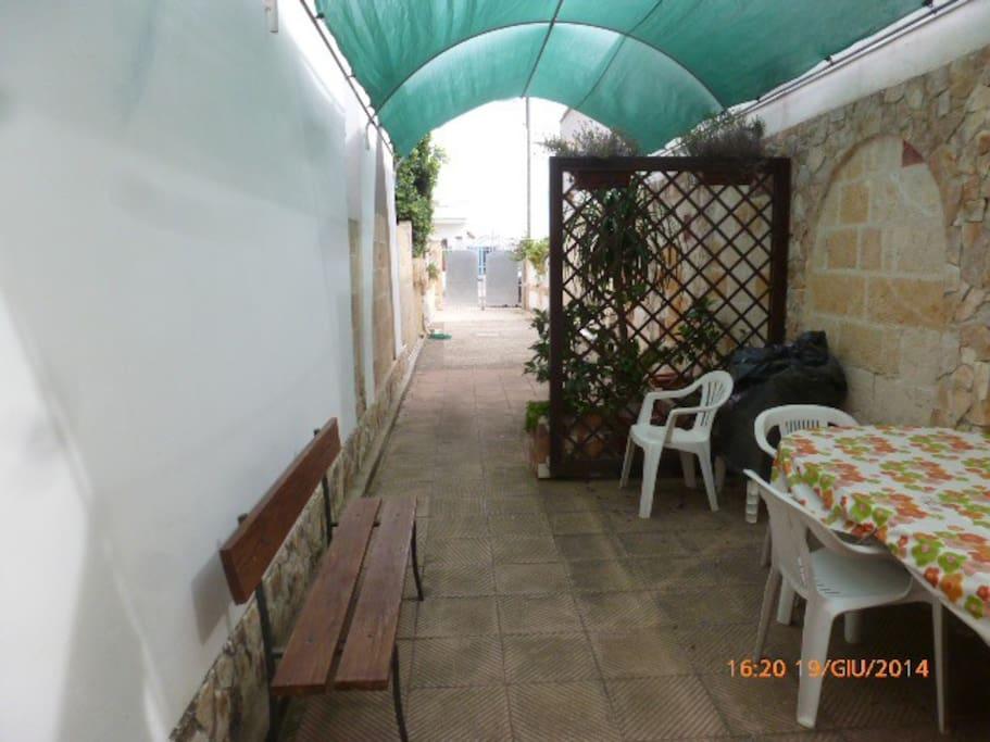 cortile di  entrata