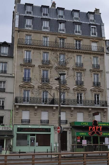 Au coeur de montparnasse apartments for rent in paris ile de france france - Airbnb paris montparnasse ...