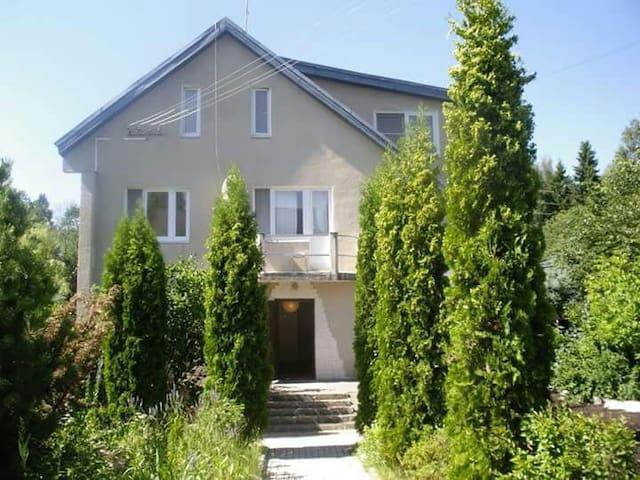 Yoga Home - МО - House