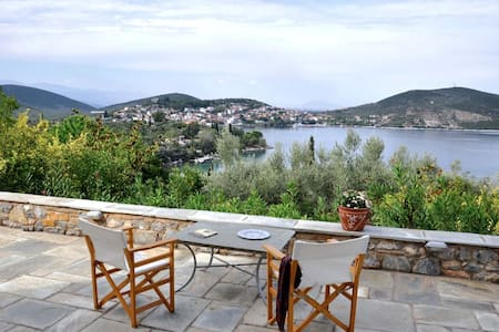 Villa Rododaphne in Amaliapolis 5 bedrooms for 12 - Amaliapoli - Villa
