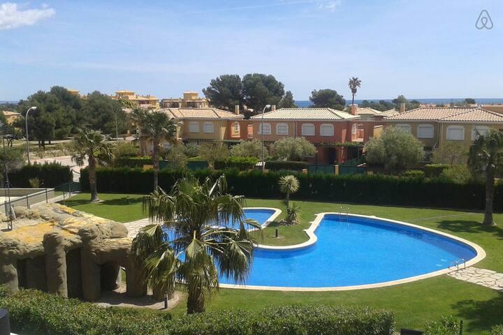 Apartamento a 500m.playa con jardín - Miami Platja - Leilighet