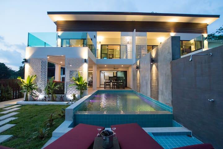 The Elegance Pool Villas- Orchid Villa
