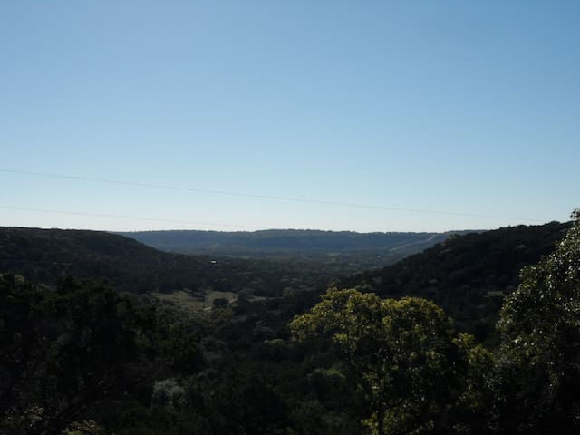 Buttercup Hill Scenic Cabins (ES) - Wimberley - Bed & Breakfast