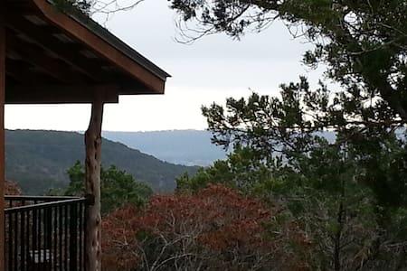 Buttercup Hill Scenic Cabins (NN) - Wimberley
