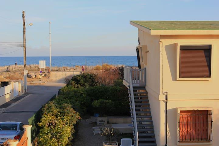 Charmant T3 en rdc à 25 m de la plage - Marseillan
