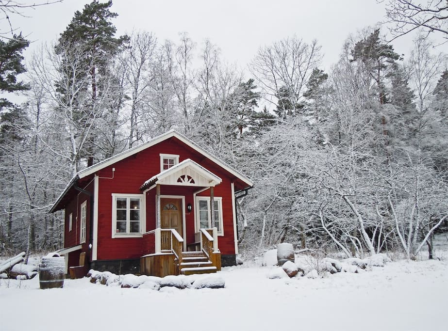 Cottage in winter season, all year-round accommodation