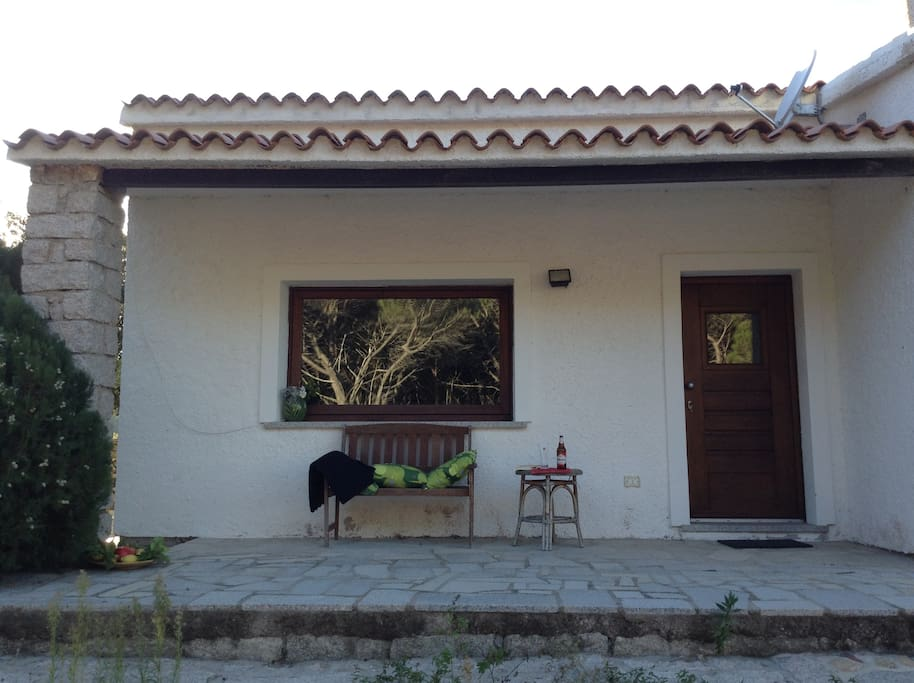 Stylish sardinian country house houses for rent in for Rent a home in italy