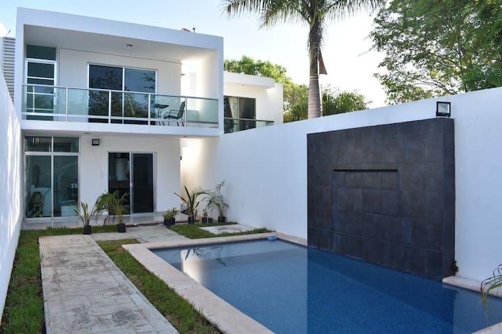 Casa CIELO, Minimalist house