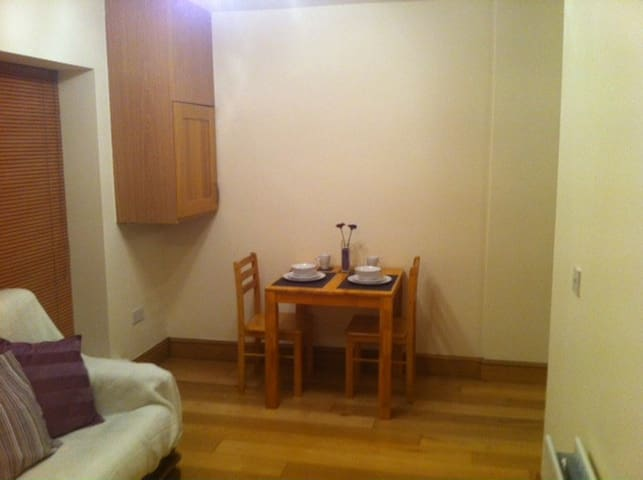 Daily/Weekly rental 1 Bed Apartment - Finglas