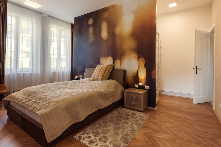 Brand new deluxe city center apartment. - Cluj-Napoca - Appartement