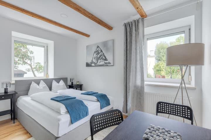 Cozy Innsbruck Apartment w/ Good Location
