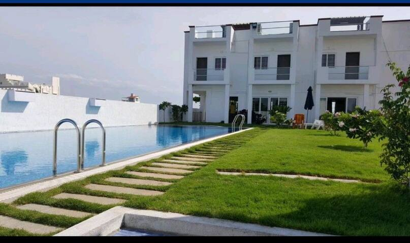 4x1bhk with pool near mahaballipuram.