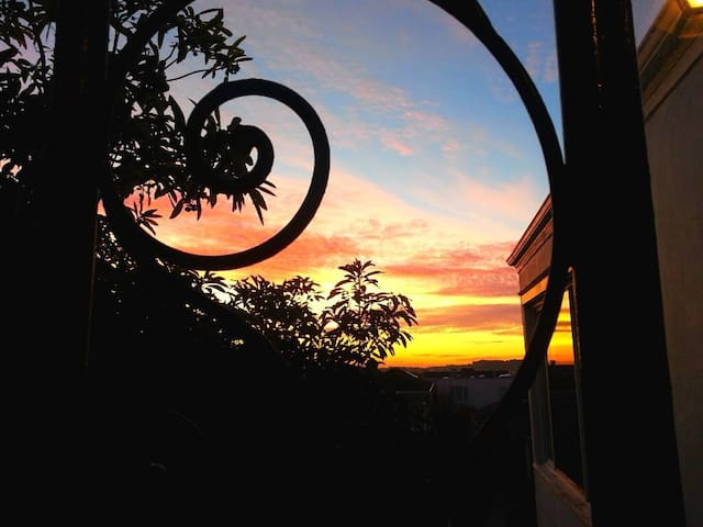 Sweet SF Penthouse Bed, Breakfast & Sunsets - San Francisco - Appartement