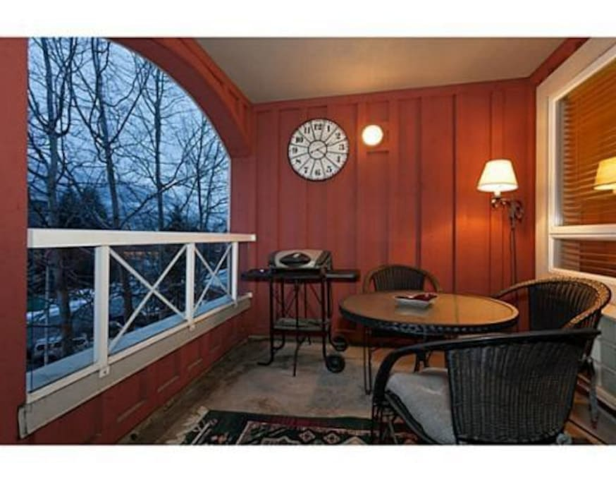 Cute patio with views to western range