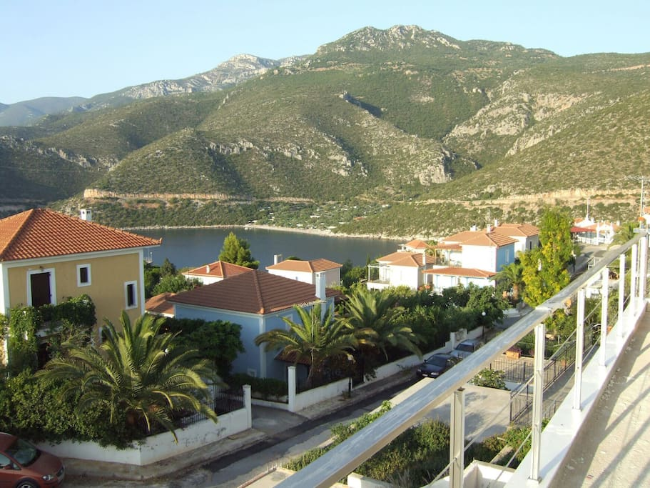 Fantastic View, perfect location, you have in a extra large Veranda (balcony) Panoramic View of the Sea and the Village!!
