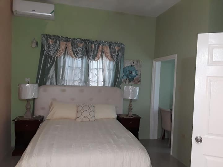 Dela De- Rose Guest House, Room # 14