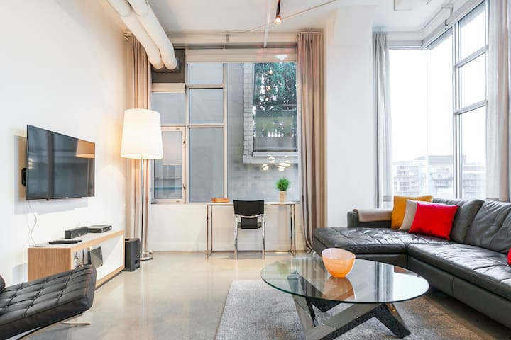 Explore Queen St. West from a Trendy Loft