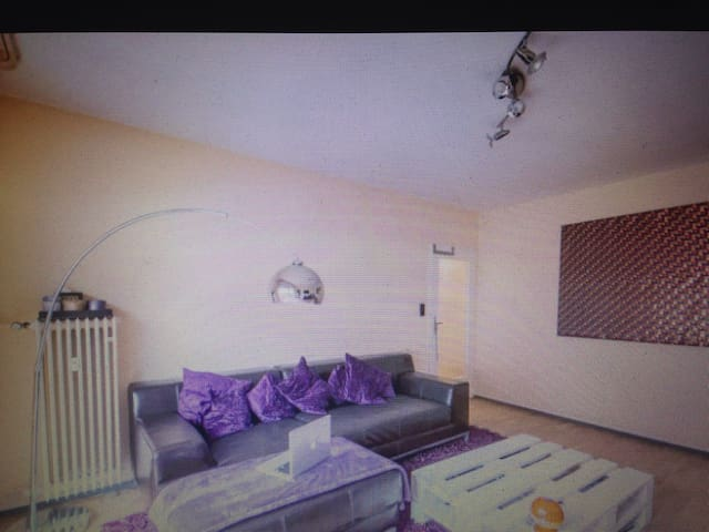 Private Room, 8 min away from Fair - Le Mesnil-Amelot - Apartemen