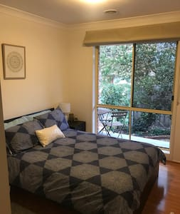 Double room in sunny home