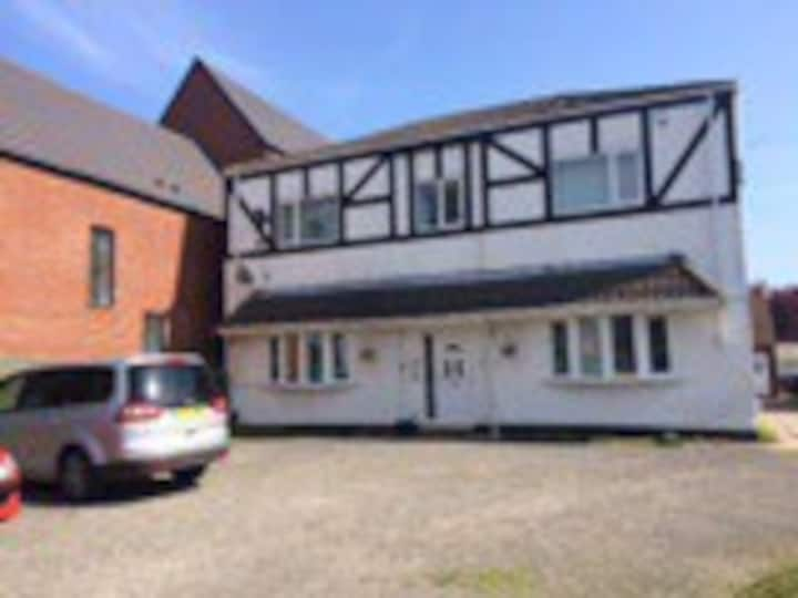 Cleethorpes 2 bed Large ground floor modern flat