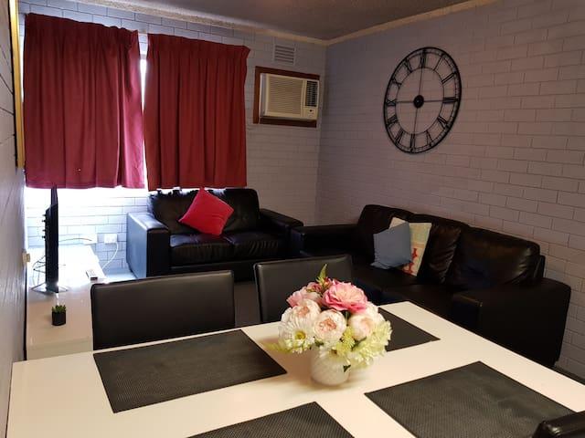 (203) 2 bedroom apartment in Perth CBD