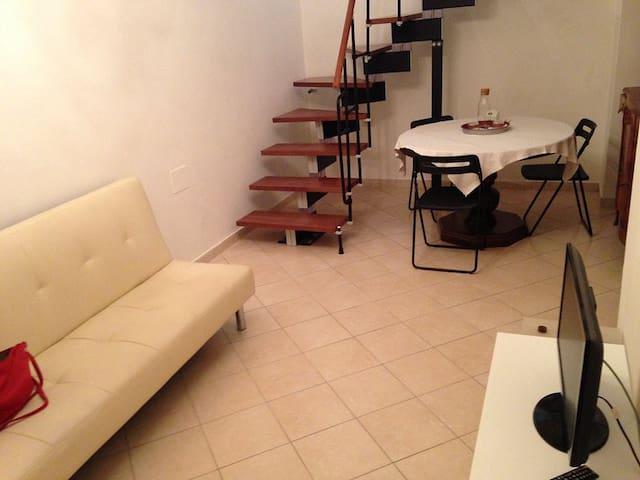 Appartamento indipendente nel centro storico - Sulmona - Appartement