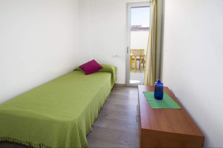 Habitación individual/bedroom 3 (single bed)