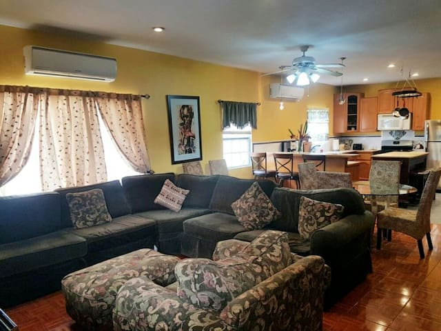 Home Away From Home Desirable Area - Belize City - House