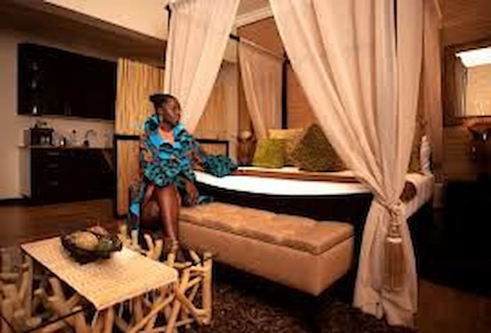 villa monticello hotel only provid exellence serv.