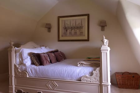 Charming Georgian House - Market Deeping - Bed & Breakfast