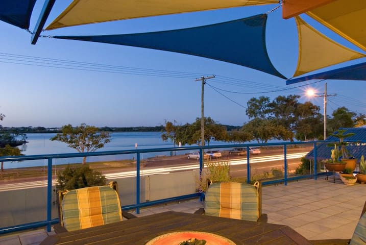 Waterfront Haven - Maroochydore - Casa