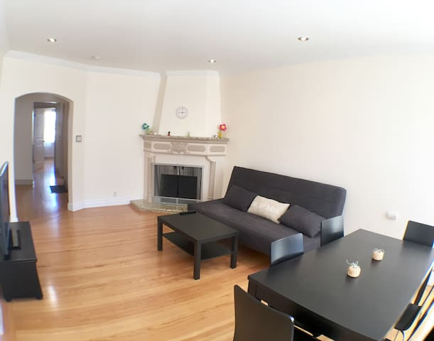 3 Bedroom Unit with 1 Car Garage Parking - Daly City - Flat