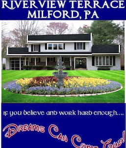 Riverside with private suite, family friendly - Milford