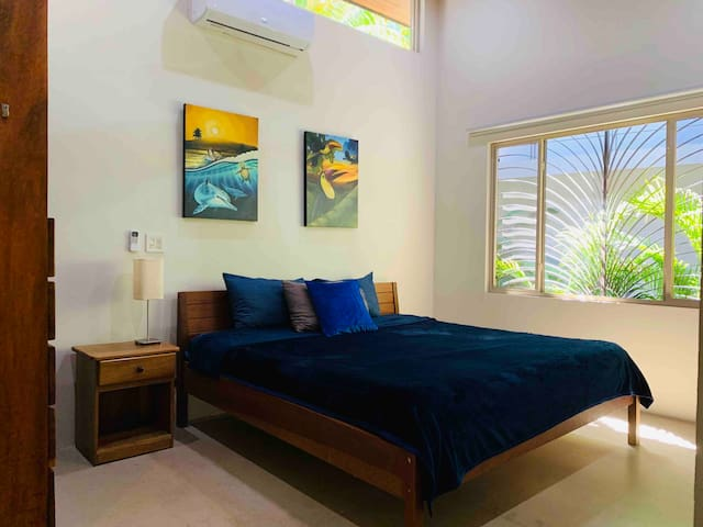 A perfect bungalow, Full kitchen, Saltwater Pool