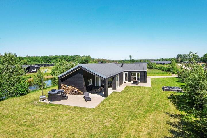 Premium Holiday Home in Glesborg with Sauna