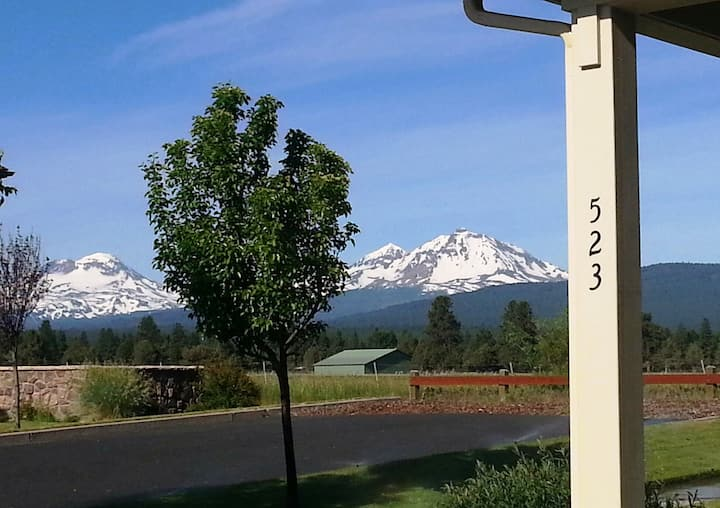Most Desired Mountain View Setting