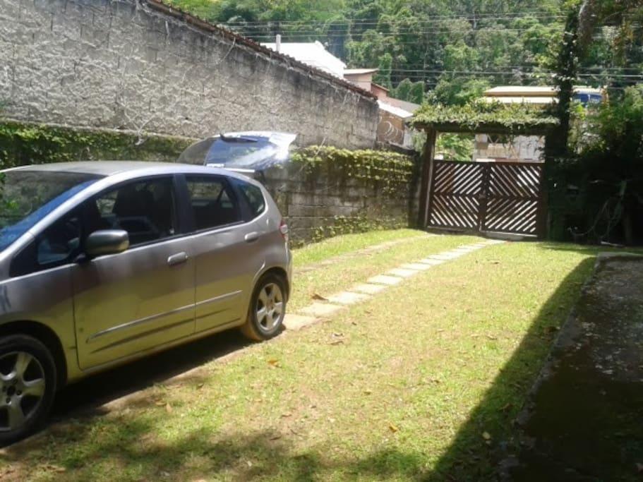 entrada de carros lateral