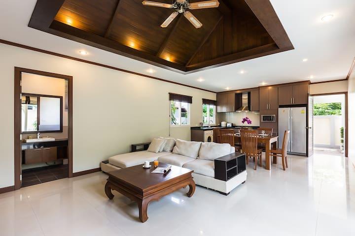 Large livingroom