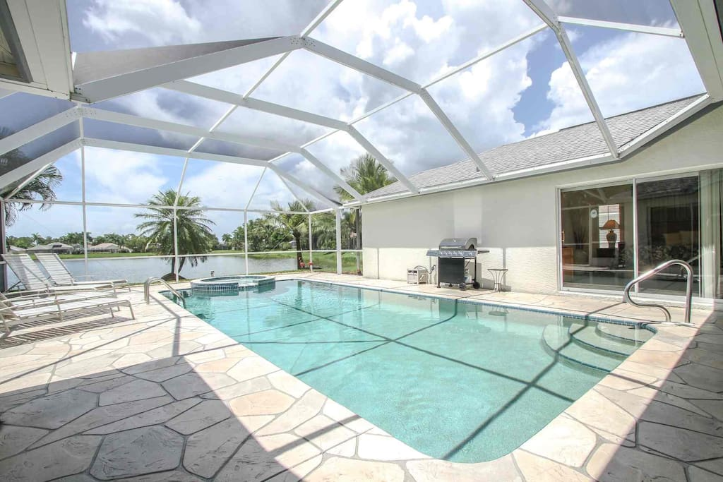 Expansive lake views can be enjoyed from the entire perimeter.  Direct access to pool area from Master Suite (above pic).