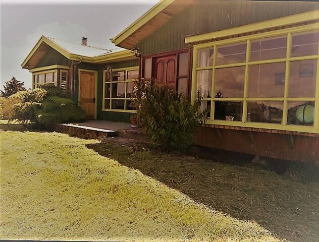 HOSPEDAJE FAMILIAR EN DALCAHUE,  ISLA DE CHILOE