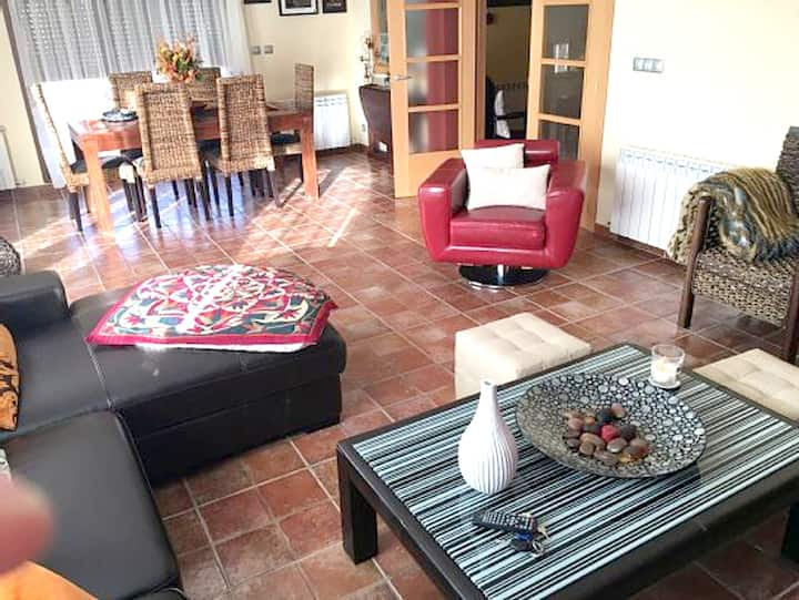 House with 4 bedrooms in Quintanilla del Agua, with furnished terrace